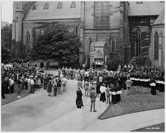 GDIS 29/02: Memorial Day Ceremony held outside of the Basilica of the Sacred Heart's World War I Memorial Door, view from above, 1941/0530.